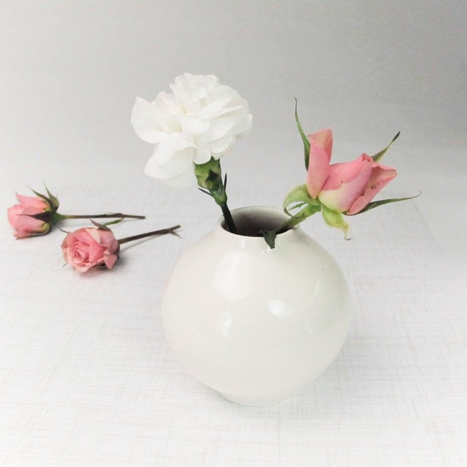 White Ceramic Round Bud Vase Modern Ceramic Home Decor White