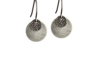 BABY DISC • Silver Earrings • Disc Earrings • Silver Drop Earrings • Small Earrings • Silver Jewelry •  Lightweight Earrings