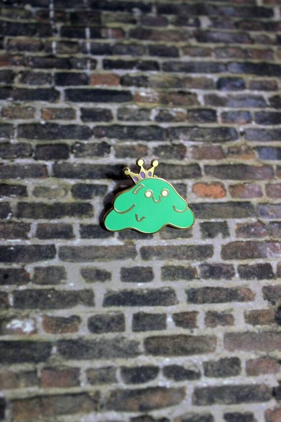 Kawaii Slime Lord Hard Enamel Pin - Video Game Inspired Slime King