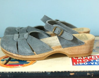 1970s Swedish Clogs / 70s suede and wood clogs / Sven Clogs