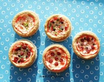 Miniature Pizza - Margarita/Meat Feast/Pepperoni/Vegetable/Supreme Whole Pizza Miniature - 1:12 Scale Food - Handmade Dolls House Food