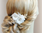 Ivory and Gold Wedding Hair Flowers, Vintage Style Bridal Fascinator, Ivory Roses Wedding Hair Clip with Gold Leaves - ROSERAIE