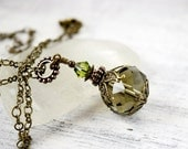 Forest Green Necklace Emerald Crystal Necklace Victorian Moss Green Drop Crystal Pendant Olivine Necklace Antique Brass Gift Best Friend