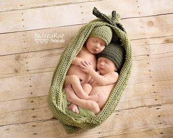 Two Peas in a Pod Set - Twin Peapod Set - Cozy as a Pea Newborn Photography Prop - Baby Photo Prop - Crocheted Pea Pod Set - Pea Hats