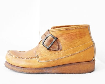 70s leather chukka boots / vintage buckle shoes / honey leather booties size 9.5