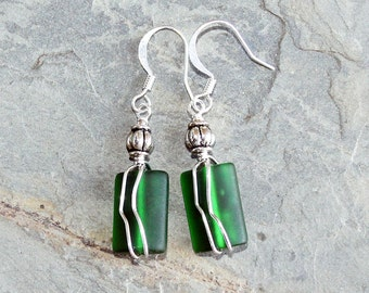 Green Wire Wrapped Sea Glass Earrings, Green Earrings, Handmade Earrings, Dangly Earrings, Ocean Earrings, Summer Earrings, March Earrings
