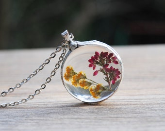 Queen Anne's lace pressed flower necklace, real flower jewelry, terrarium necklace, botanical jewelry, boho wedding, bridesmaid necklace
