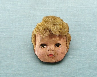 creepy doll head pin . doll head brooch pin . retro ugly doll tie tack . wooden jewelry