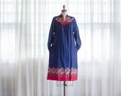 Vintage 1970s Smock Dress - 70s Floral Rayon Dress - Estilo Dress