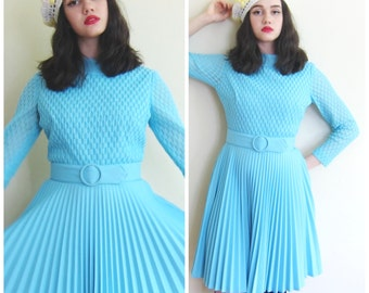 Vintage 1960s Day Dress in Baby Blue with Pleated Skirt / 60s Long Sleeved Belted Dress Mary Dobbs / Small