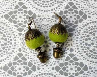Chartruese Green and Brass Acorn Earrings (2289)