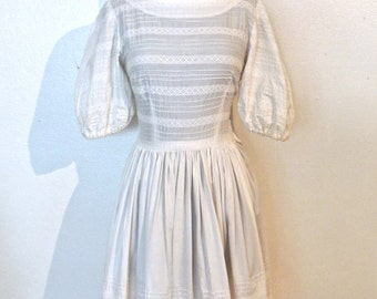 vintage white puff-sleeve dress - 1940s white lacy cotton dip-back dress