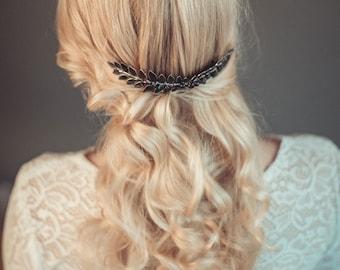 Bridal hair comb - Black leaf hair comb -  Leaf hair piece -  Black headpiece - Black laurel hairpiece - Alternative bride haipiece
