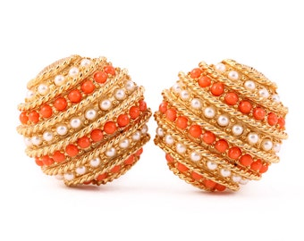 VINTAGE ROUND EARRINGS Faux Coral Pearl Gold Tone Clip On Earrings Orange Lolita