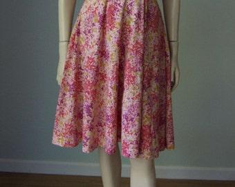 1950s-60s Estevez Flirty Floral Print Cotton Day Dress // Off Shoulder Sleeves