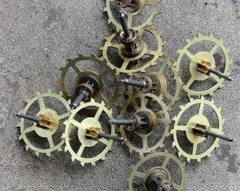 Vintage clock brass gears -- set of 10 -- D16