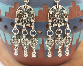 Moroccan Arches inspired dangling drops earrings floral elements Bohemian style gypsy vibes Vintage look earrings by Inali