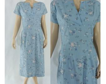 SALE Vintage Fifties Dress - 1950s Cotton Day Dress - 50s Blue Floral Dress - Medium 50s Dress