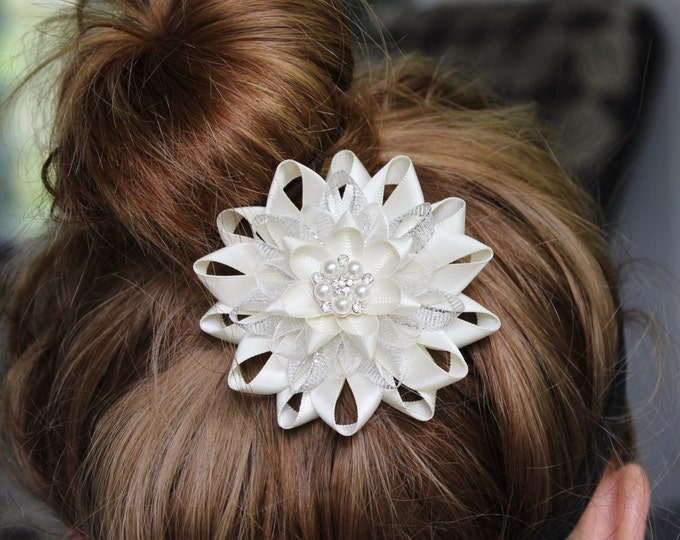 Ivory Hair Clip, Ivory Hair Flower Clip, Adult Hair Clip, Bridesmaid Hair Piece, Bridal Hair Piece, Pearl Hair Accessories, Silver, Crystal