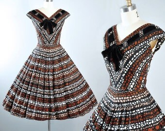 Vintage 50s Dress / 1950s KANE WEILL Cotton Sundress Stripe PEBBLE Stone Print Black Brown Tan Full Circle Skirt Garden Party Pinup S Small