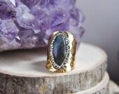 Labradorite Ring, Gold Labradorite Ring, Statement Ring, Unique Ring, Boho Ring, Gold Ring, Cocktail Ring, Big Ring, Stone Ring, Cuff Ring