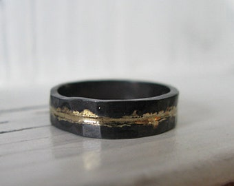 Mens Wedding Band Rustic Wedding Band Mens Wedding Ring Oxidized Ring Gold Black Ring Rustic Ring Unique Wedding Ring Mens Wedding Bands