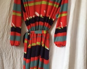 Stripey vintage dress, sixties fashion, retro clothing, belted dress, french 60s clothes,   Knee length dress