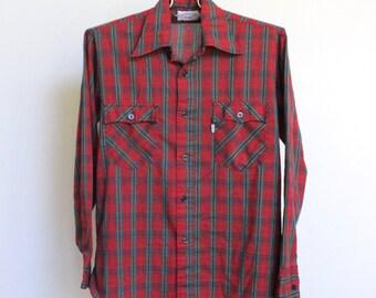 Vintage Plaid Levis Shirt // Soft Thin Plaid Shirt // Boyfriend Plaid Shirt