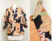 Japanese Jacket. Traditional Hippari Haori. Muslin Wool. Orange Black Pink Floral with Shibori Effect (Ref: 1340)