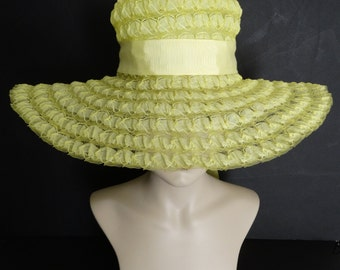 Vintage 1950s Hat//50s Hat//Yellow//New Look//Rockabilly//Mod//Lacy Yellow Crinoline