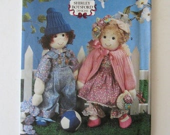 """1990s Sock Doll Pattern Simplicity 7476 18"""" Stuffed Boy and Girl Dolls, Doll Clothes and Yo Yo Doll Quilt Pattern UNCUT"""