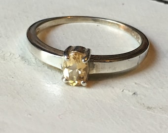 Vintage Sterling Silver Citrine Ring. Solitaire Ring. Vintage Citrine Ring. Gemstone Ring. November Birthstone. Cushion Cut Citrine - Size 9