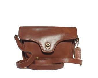 Vintage Coach Leatherware Small Shoulder Bag in Brown