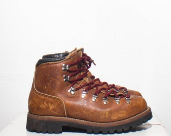 10 M | Men's MILO Mountaineering Hiking Trail Boots