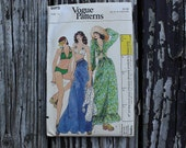 Vogue 8915 1970s 70s Hippie Boho Bohemian Bikini Beach Cover Up Vintage Sewing Pattern Size 10 Bust 32.5