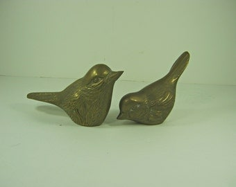 Vintage BRASS BIRD Set/2 Figurine Display Tarnished Patina