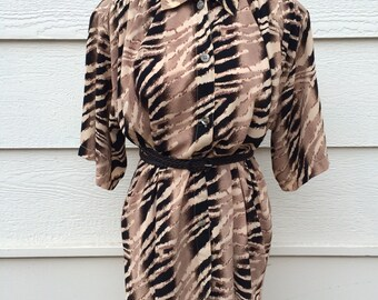 SALE ! Animal stripe print loose fit womens vintage blouse size large - XL