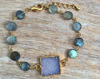 SALE Purple Druzy Labradorite Bracelet // Beaded, Wire Wrapped Rosary Chain, Gold, Square, Raw Crystal Stone, Gray Blue Green, Layer