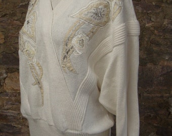 1980's IVORY SLOUCH SWEATER appliques beading M L
