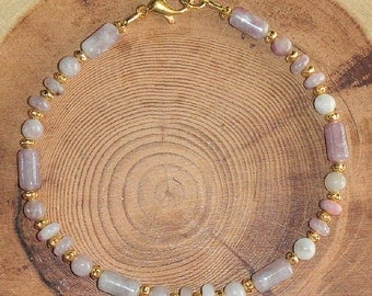 Lilac Stone Bracelet Beautiful & Dainty Lilac Stone Bracelet for Average Wrist Size Wearing Helps to Find Divine Inner Being