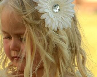 Big Ivory Gerber Daisy Flower Rhinestone Center Hair Clip for Girls, Baby Toddler Infant Girls Photography Prop