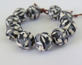 beads, Camouflage beads, Black, Gray and off white camouflage, 10mm round beads, Camo, Handmade, polymer clay, DIY Crafts, Jewelry Supply.