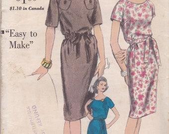 60s Simple Raglan Sleeve Dress Pattern Vogue 5383 Size 12 Uncut