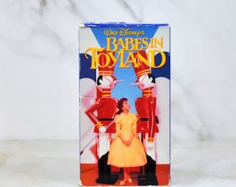 Vintage Babes In Toyland VHS Tape - Family - Musical - Fantasy - Tom - Annette Funicello - Ray Bolger - Mary Quite Contrary - Barnaby - Toys
