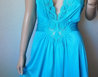 Vintage Turquoise Lace Top Long Nightgown - by Olga - 92280 - Large