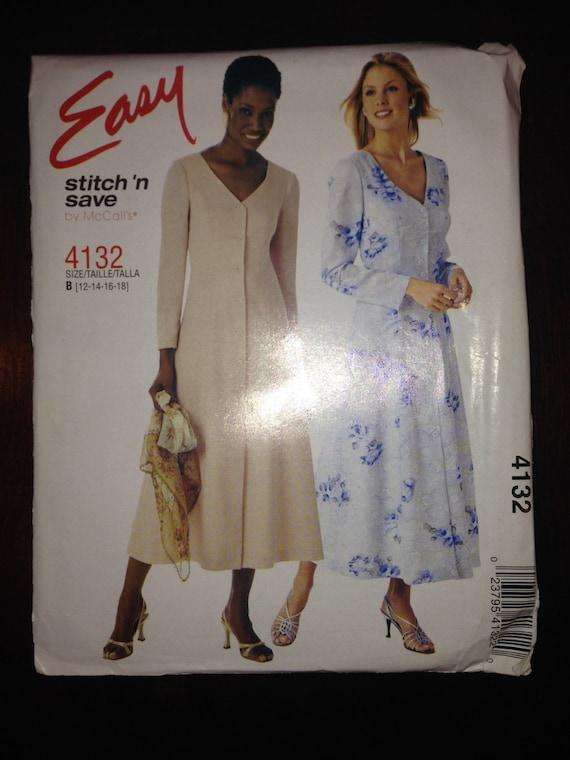 Misses and Misses Petite Dress McCalls Sewing Pattern 4132 Size 12-14-16-18 Uncut