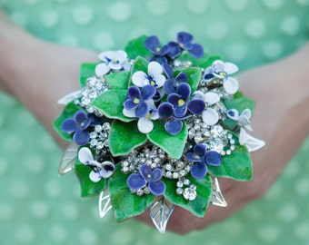"Just ""Violets are Blue"" Sweet Petite Vintage Bliss Enamel Brooch Wedding Nosegay Holder Posy Bokay Bouquet"