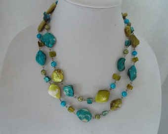 vintage dyed mother of pearl nugget beaded necklace lime green turquoise
