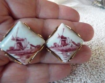 Swank Arts of the World  Delft  ceramic Windmill  gold filled  cufflinks cuff links