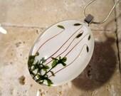 Rhizomnium glabrescens oval glass necklace, Moss pendant, plant jewelry, leaf jewellery, moss jewelry, Silver plated chain